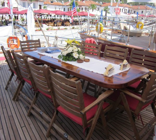 Spacious Dinning Table on deck of the Orient Pearl