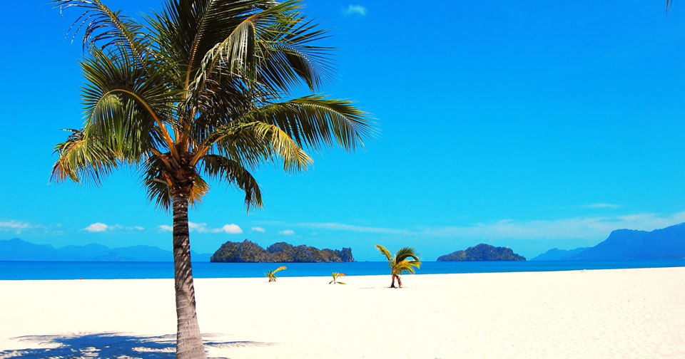 tanjung-rhu-beach-in-langkawi-