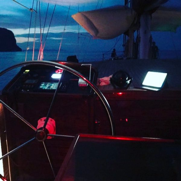 Stearing Wheel on the traditional sailing yacht